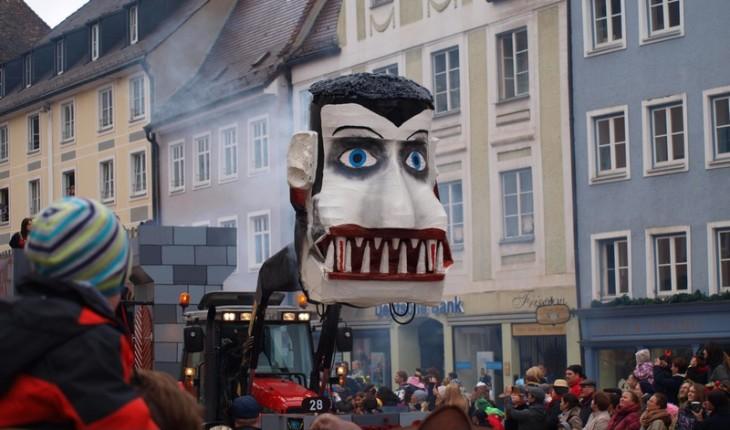 Fotos: Lumpiger Donnerstag 2014, Gaudiwurm (Faschingsumzug)