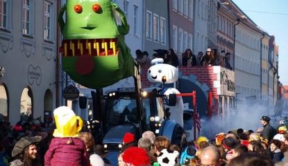 Fotos: Lumpiger Donnerstag 2015, Gaudiwurm (Faschingsumzug)